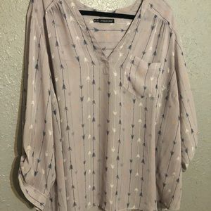 Maurices Size 4 Lilac with Arrows Perfect Blouse